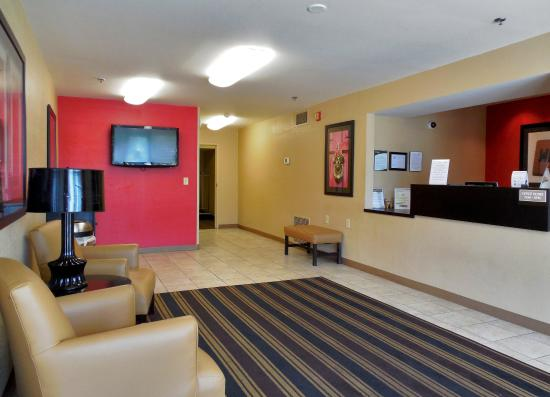 Extended Stay America - Durham - RTP - Miami Blvd. - North: Lobby and Guest Check-in
