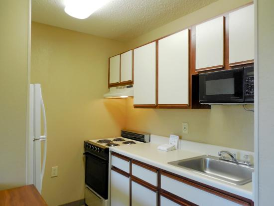 Extended Stay America - Durham - RTP - Miami Blvd. - North: Fully Equipped Kitchens