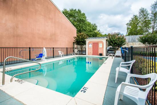 Dothan, ألاباما: Pool