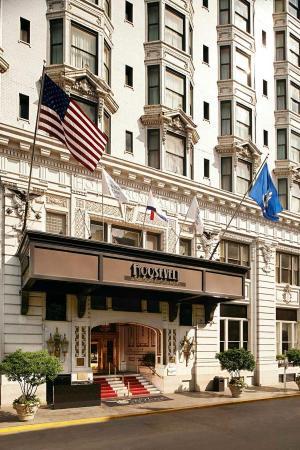 The Roosevelt New Orleans, A Waldorf Astoria Hotel: Roosevelt Way Entrance