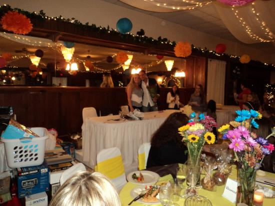 Warren, OH: Wedding shower at Aulizio's Nov. 2012