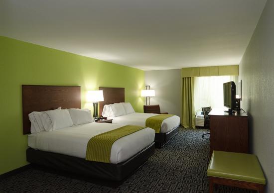 Hickory, Βόρεια Καρολίνα: 2 Queen Bed Guest Room