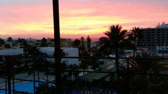 Hotel Maritim Playa: Pool, Strand, Umgebung