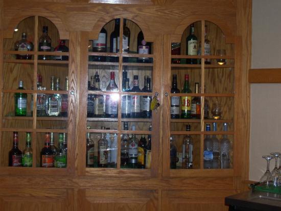 Denver, PA: liquor cabinet