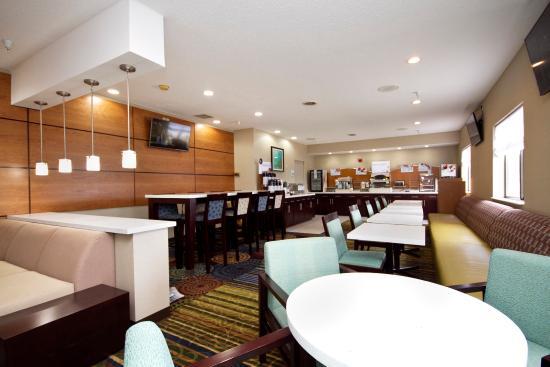 อาเดรียน, มิชิแกน: Breakfast Bar