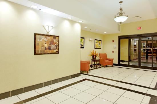 Sylacauga, AL: Hotel Lobby