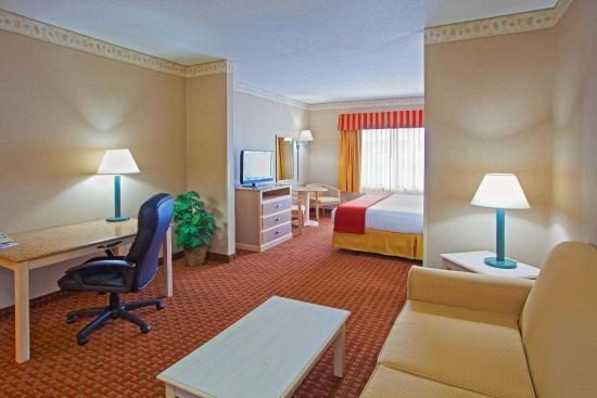 Pocomoke City, MD: Suite