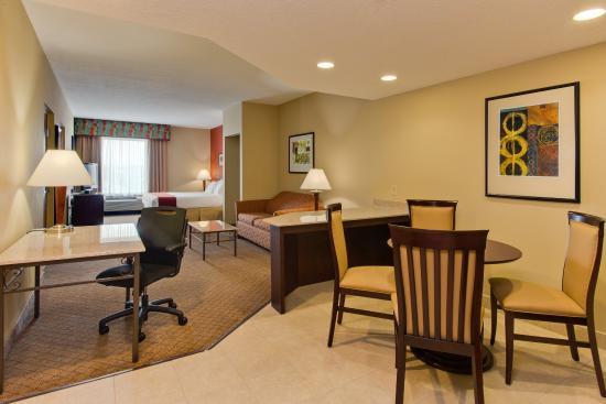 โอลด์สมาร์, ฟลอริด้า: Executive Suite with Full Size Sofa Sleeper, Fridge and Microwave
