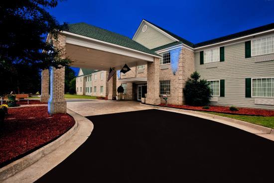 Kilmarnock, Вирджиния: Hotel Exterior