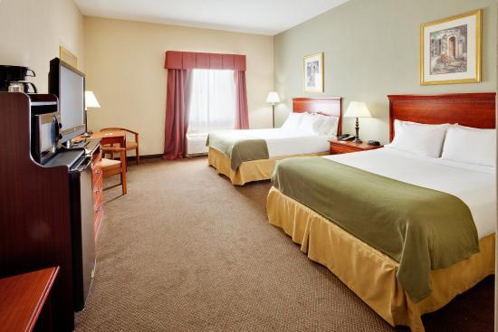 Quakertown, Пенсильвания: Queen Bed Guest Room