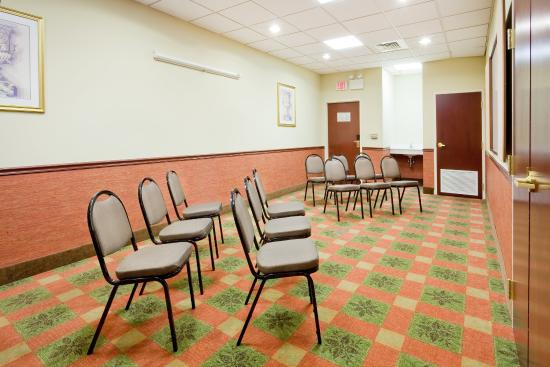 Quakertown, PA: Meeting Room