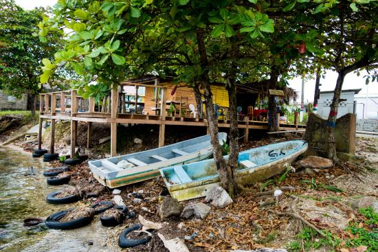 Punta Gorda, Belice: Jocyln's viewed from the wharf