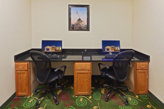 Plainview, TX: 24 HR. Business Center