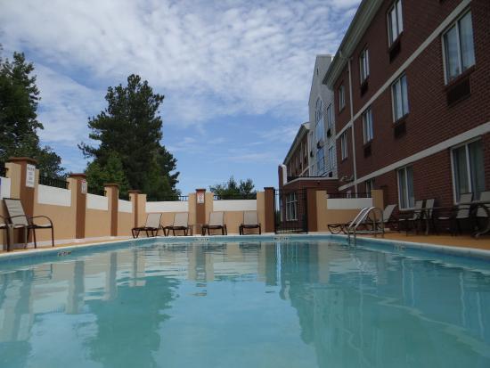 Photo of Holiday Inn Express Salisbury-Delmar
