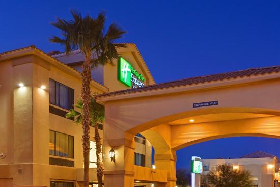 Marana, AZ: Hotel Exterior