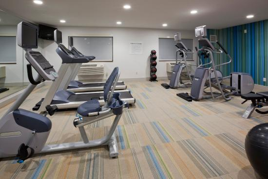Roseville, MN: Fitness Center