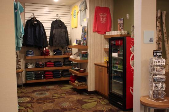 Holiday Inn Express Munising -  Lakeview: Gift Shop