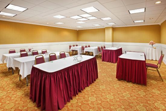 Johnson City, TN: Meeting Room