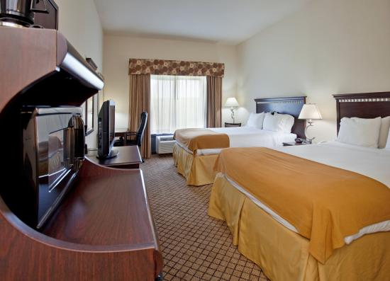 McPherson, KS: Double Bed Guest Room