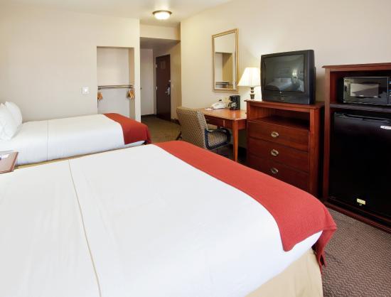 West Sacramento, Californien: Queen Bed Guest Room