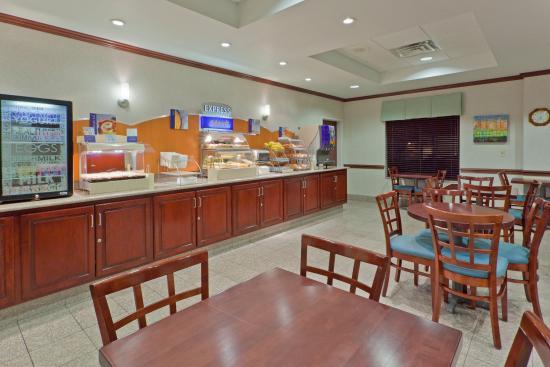 นิวตันฟอลส์, โอไฮโอ: Get your day going with our Express Start Breakfast Bar