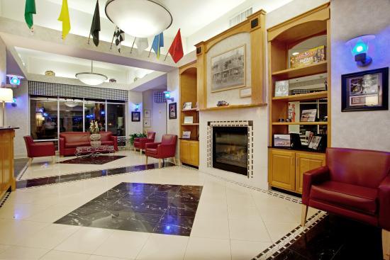 มัวส์วิลล์, นอร์ทแคโรไลนา: Hotel Lobby