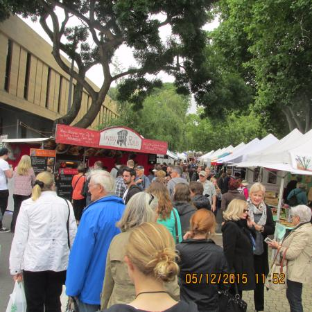 Salamanca Market: Lots of food to choose from but do try the scallop pie!