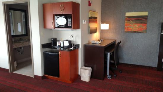 Holiday Inn Express Auburn: Executive Suite