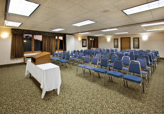 Pella, IA: Meeting Room