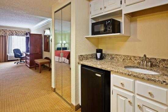 Ringgold, GA: Suite