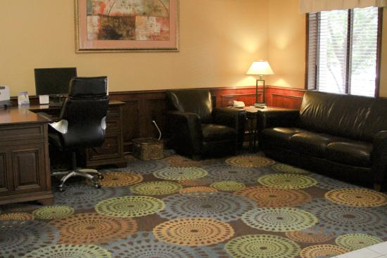 Warrensburg, MO: Business Center