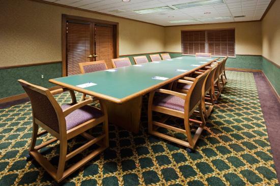 Oshkosh, WI: Meeting Room