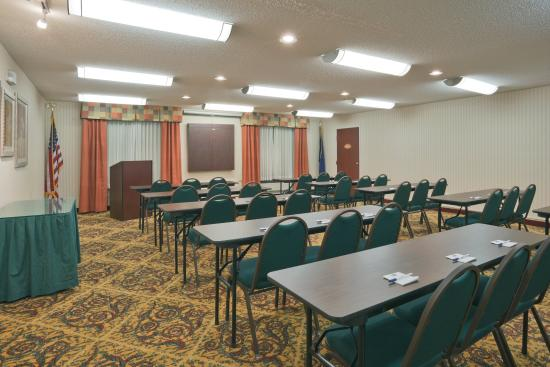 Rensselaer, Индиана: Meeting Room