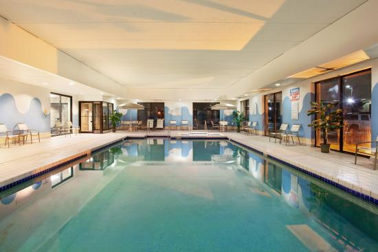 Sturtevant, WI: Swimming Pool