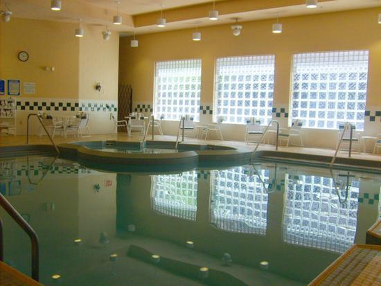 Holiday Inn Hotel & Suites La Crosse: Swimming Pool