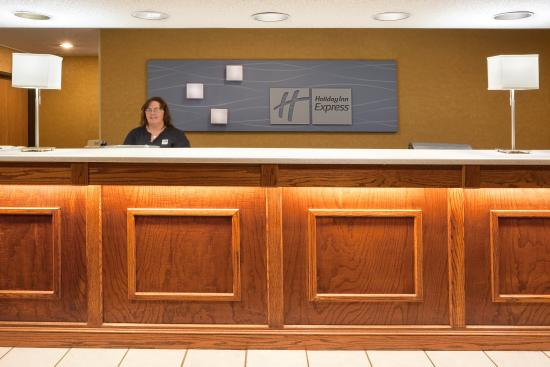 Mount Vernon, OH: Front Desk