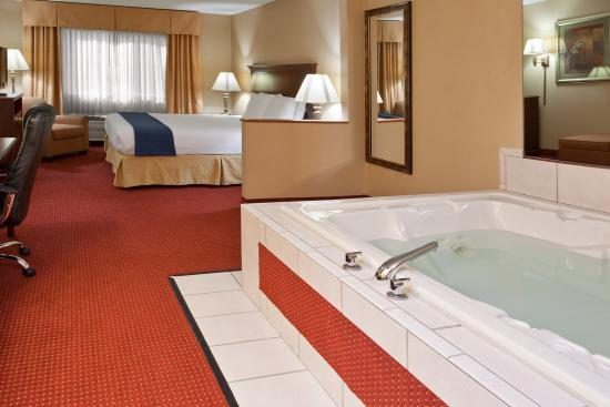 Mount Vernon, OH: Jacuzzi Suite