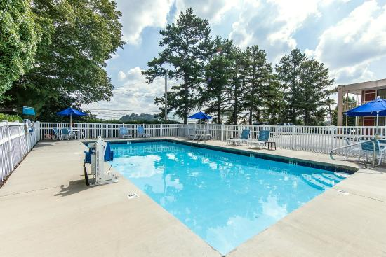 Cleveland, TN: Pool