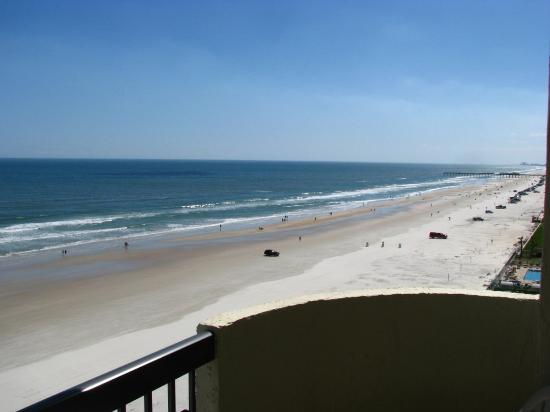 Holiday Inn Express and Suites Oceanfront: View from Room