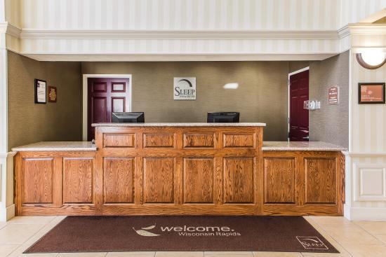 Sleep Inn And Suites Wisconsin Rapids: Lobby