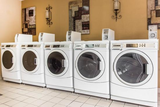 Kennesaw, GA: Laundry