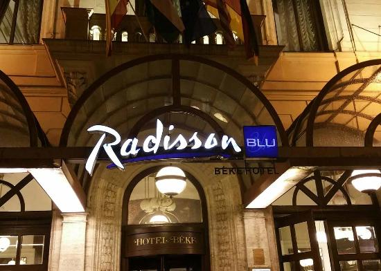 Radisson Blu Beke Hotel, Budapest: Outside of hotel