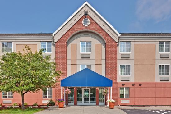 East Syracuse, Nova York: Hotel Exterior