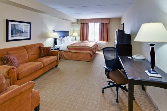 Country Inn & Suites By Carlson, Niagara Falls, ON: CountryInn&Suites NiagaraFalls StudioSuite