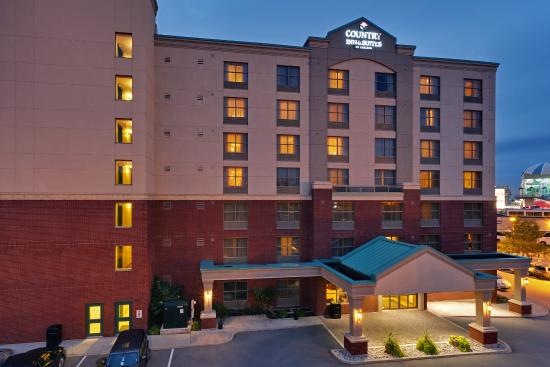 Country Inn & Suites By Carlson, Niagara Falls, ON: CountryInn&Suites NiagaraFalls ExteriorNight