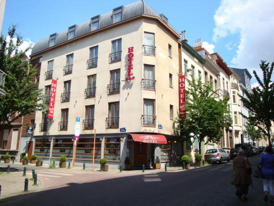 Photo of Hotel Beverly Hills Ixelles