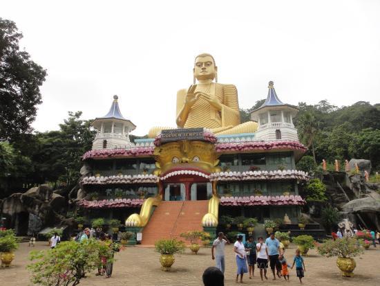 Dambulla, Sri Lanka: a big Buddha