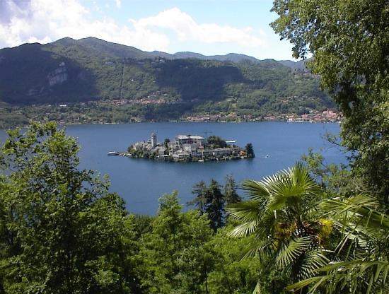 Vergiate, Italie : LAKE DISTRICT