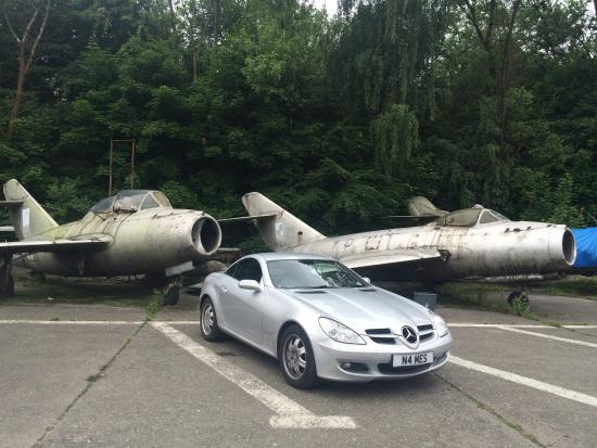 how to get to krakow aviation museum