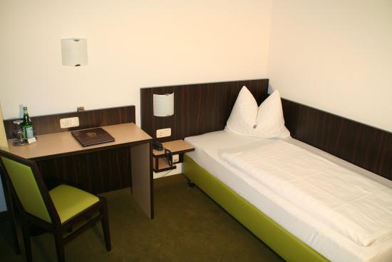 Unterhaching, Tyskland: Guest room standard